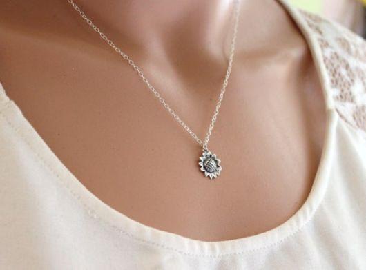 colar delicado prata