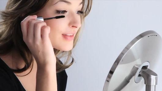 como ser mais feminina com maquiagem