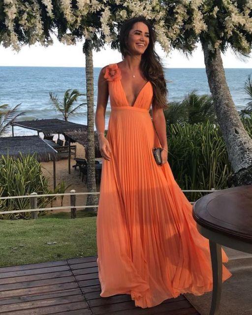 vestido longo alaranjado