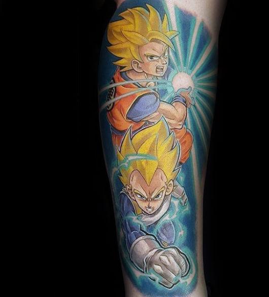 personagem de dragon ball em tatuagem de anime
