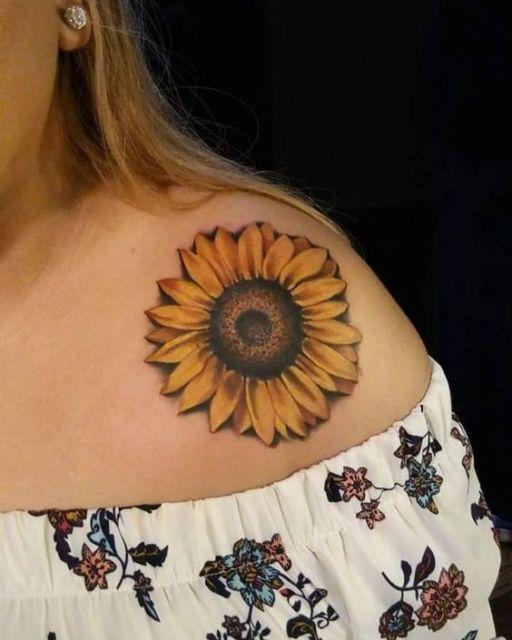 tatuagem grande girassol