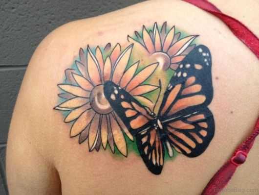 tatuagem grande com borboleta