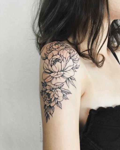tatuagem ombro e braço