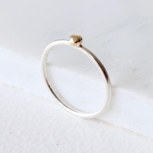 anel de prata com ouro amarelo