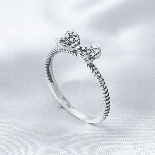 anel delicado laço