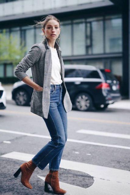 look calça jeans com bota marrom