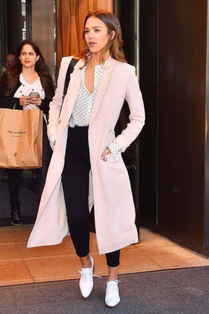 casaco longo rosa claro