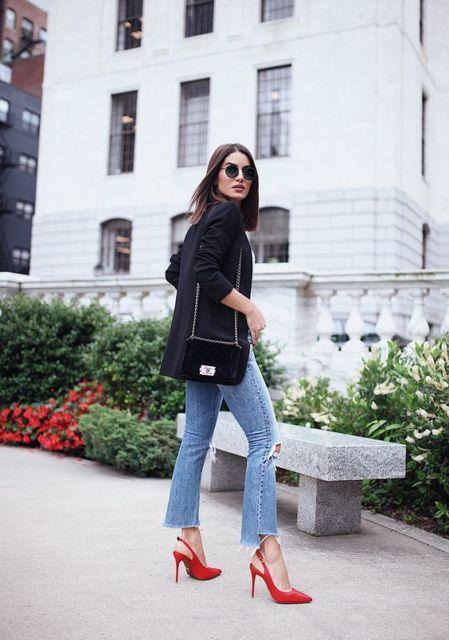 calça jeans com scarpin de salto fino