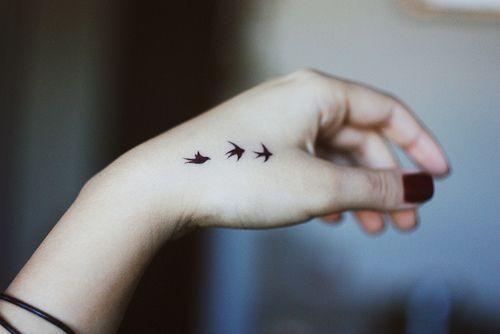 tatuagem pássaros