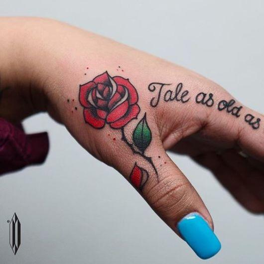 rosa vermelha pequena