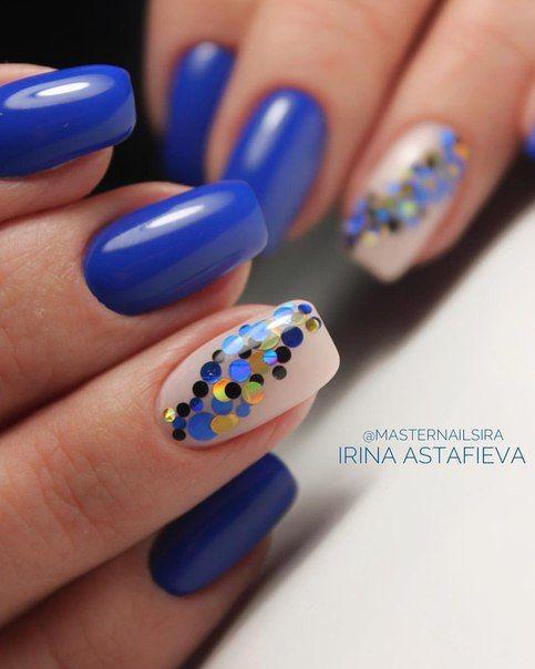 unha azul royal