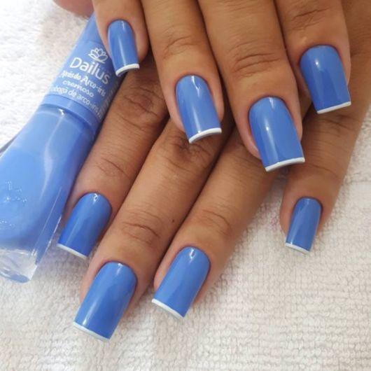 francesinha unha azul