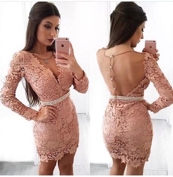vestido de renda com cinto de festa
