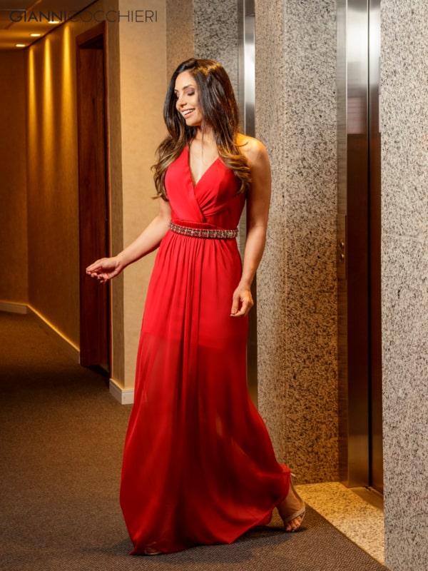 vestido vermelho com cinto de festa