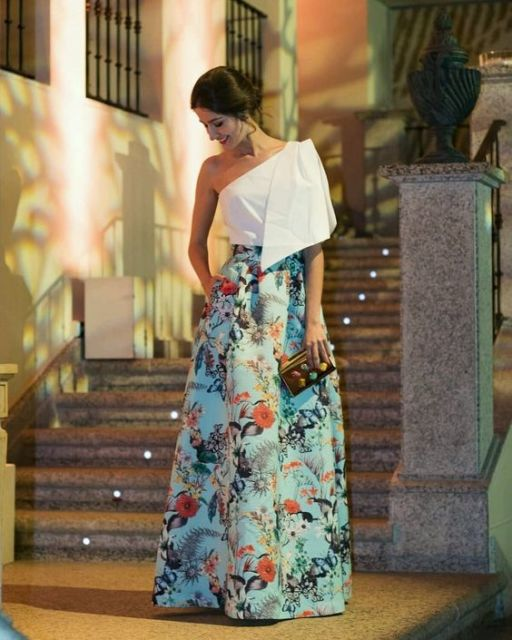 look casamento com saia estampada