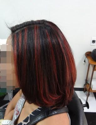 cabelo médio e alisado