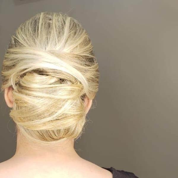 penteado com ligas coque complexo