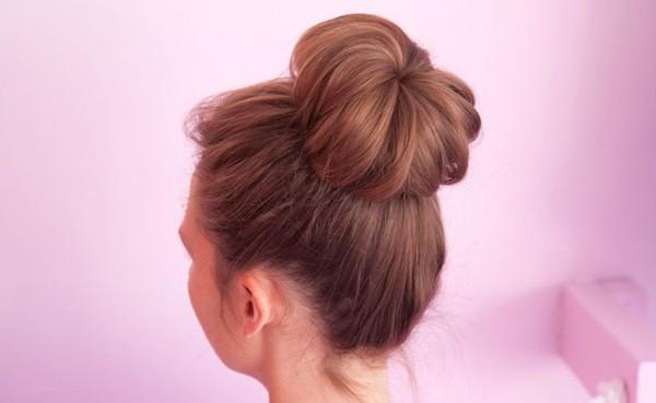 penteado com ligas coque medio