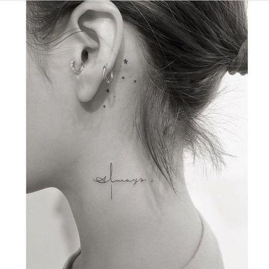 tatuagem escrita feminina