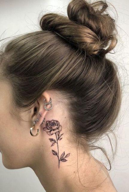 tatuagem rosa feminina