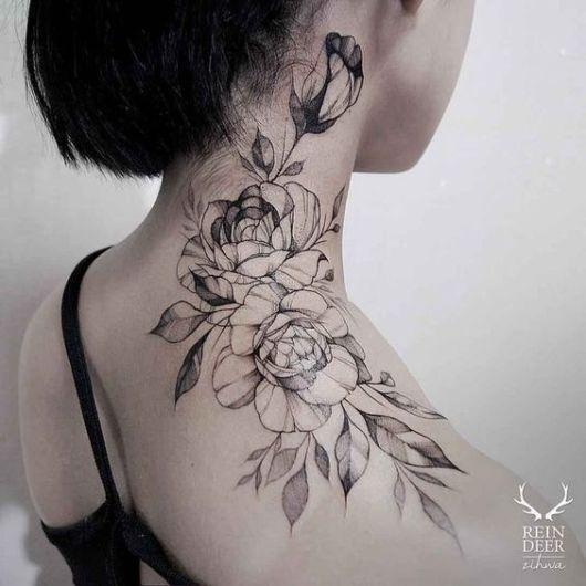 tatuagem grande e moderna