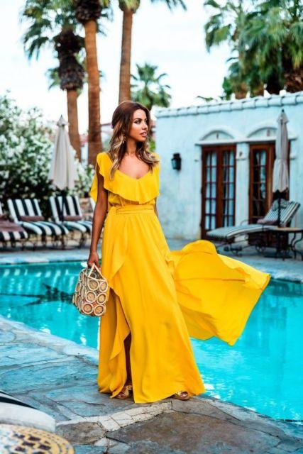 vestido longo amarelo mostada