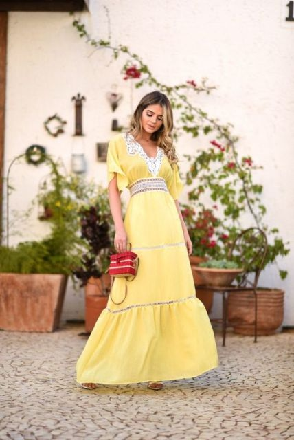 vestido longo com renda