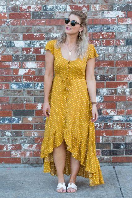 vestido com estampa de bolinha
