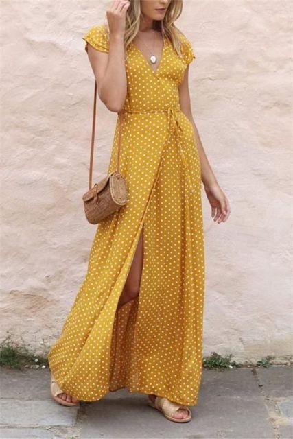 vestido com estampa poá