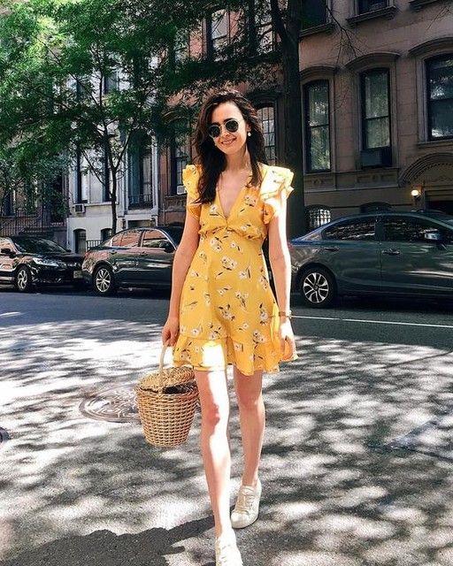 vestido curto com estampa floral