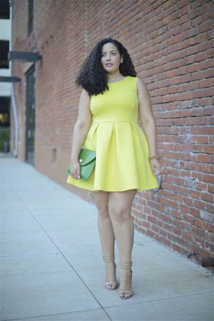 vestido plus size rodado