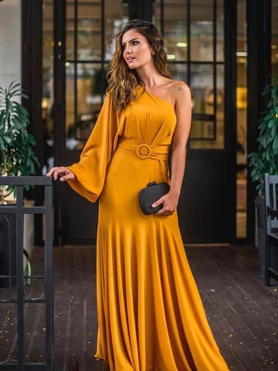 vestido mostarda longo