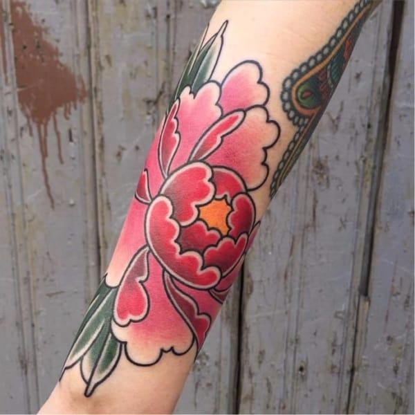 tatuagem de flor oriental
