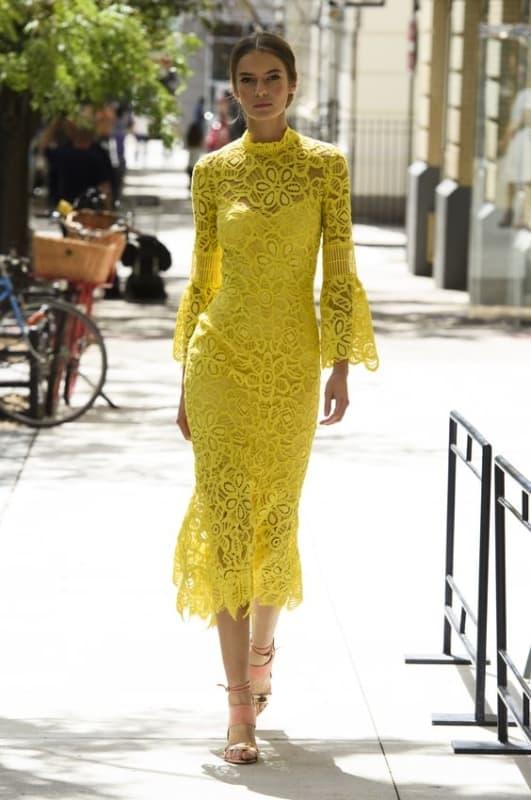 vestido midi amarelo para madrinha
