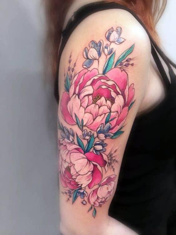 tatuagem de flor colorida