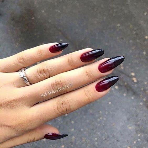 unha stiletto vermelha