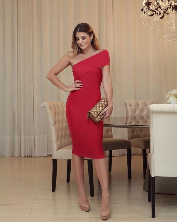 vestido vermelho tubinho