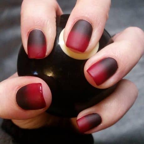 unha degradê vermelha e preta