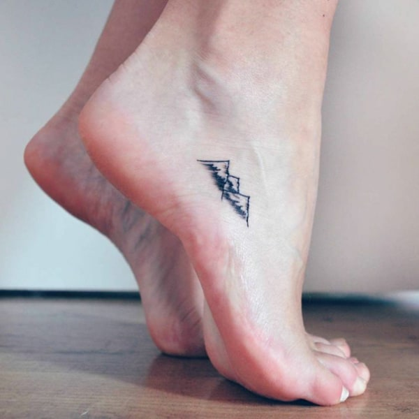 tatuagem de montanhas