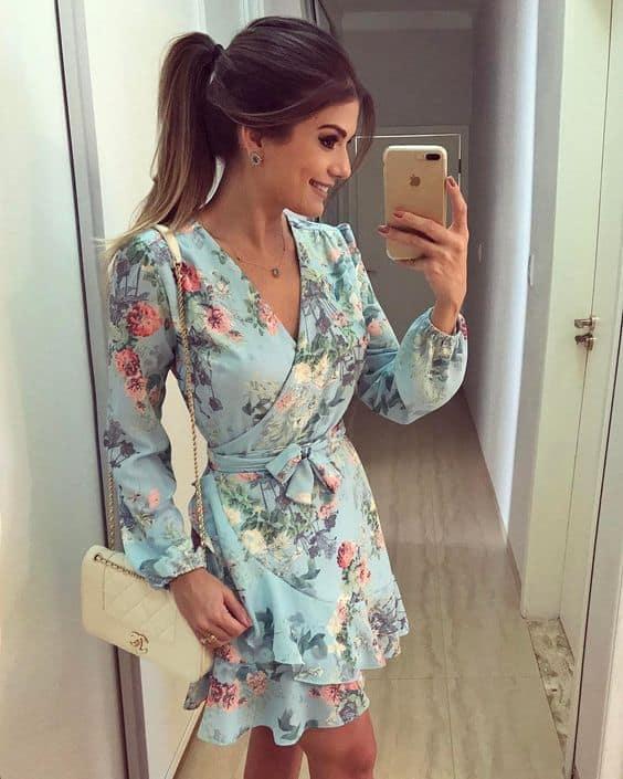 vestido floral para noivado