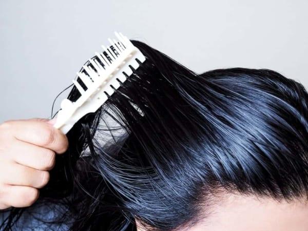 como cuidar de cabelo oleoso