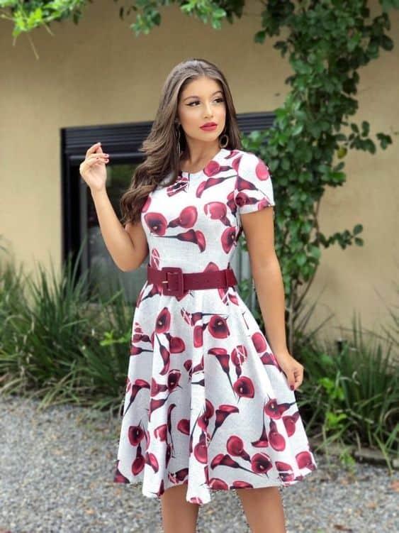 vestido estampado moda evangélica