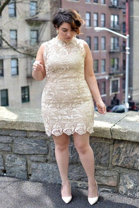 vestido para noivado plus size