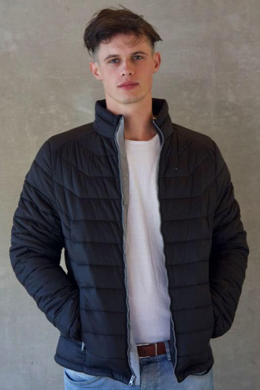 jaqueta puffer masculina preta grande