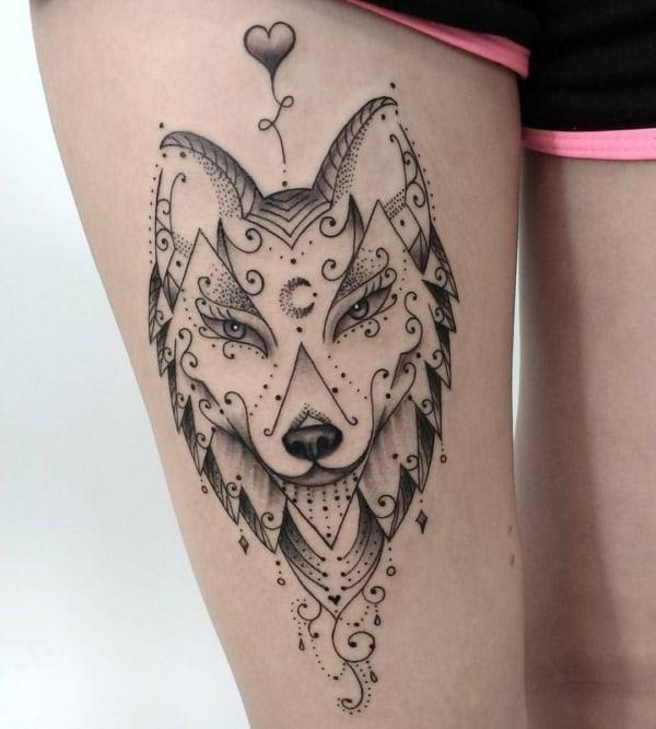 tatuagem de raposa feminina detalhada