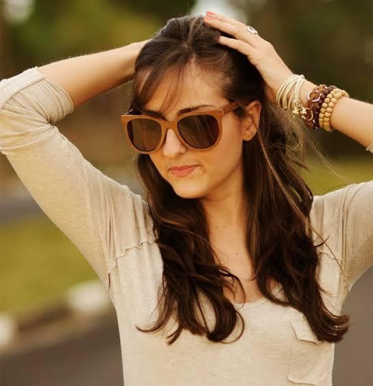 óculos de madeira feminino escuro