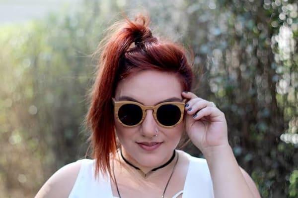 óculos de madeira feminino moderno