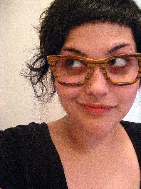 óculos de madeira feminino