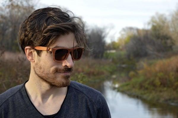 óculos de madeira masculino marrom