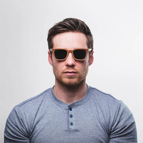 óculos de madeira masculino